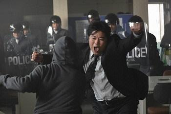話 ビター ブラッド 1 ビター・ブラッド〜最悪で最強の親子刑事〜 1話